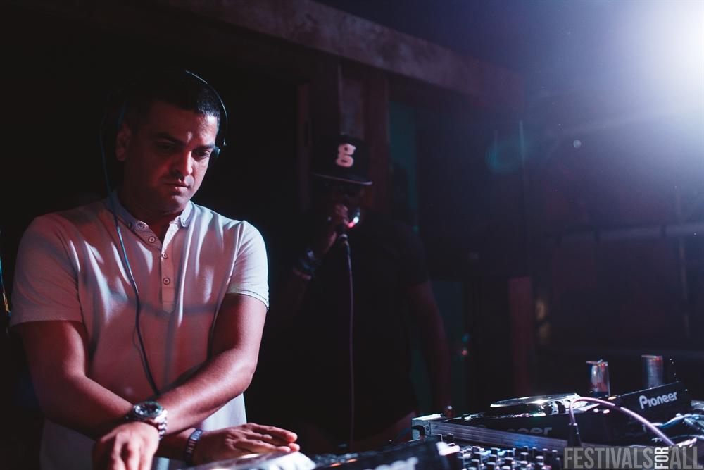 DJ Luck & MC Neat at LeeFest 2016