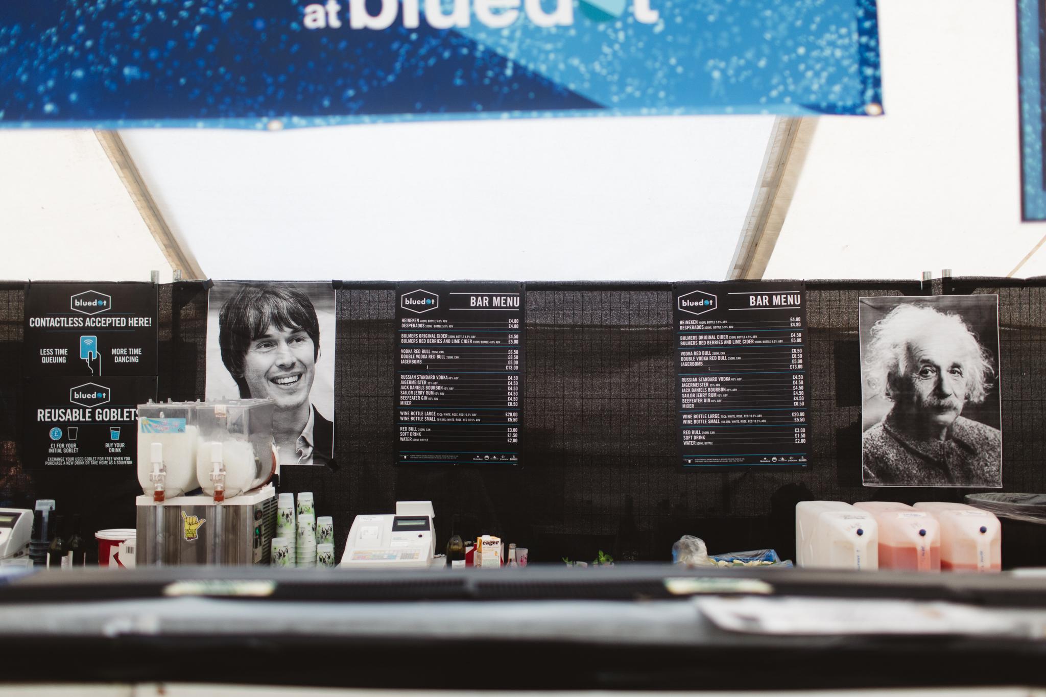 bluedot festival 2016 bar
